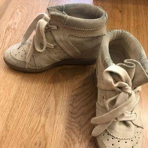 Classic Isabel Marant sneaker heel